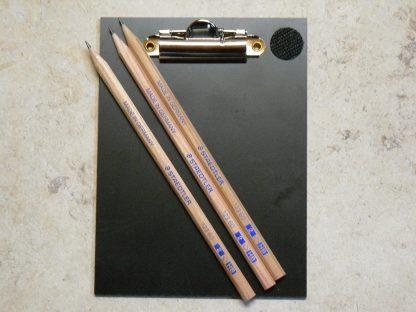 Minigolf Schreibunterlage aus hartem Kunststoff + 3 Bleistifte