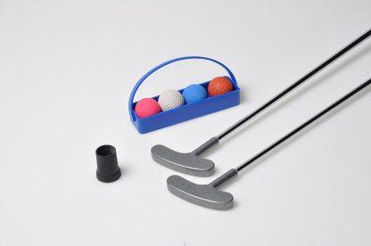 Minigolf Set 3 (= 2 Schläger, 4 Anlagenbälle mit Körbchen, 2 Sauger)