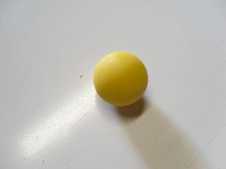Minigolfbälle 1 gelber glatter Anlagenball