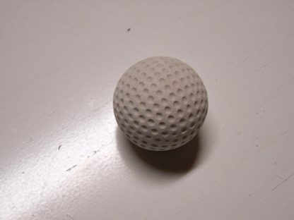 Minigolfbälle 1 weißer genoppter Anlagenball