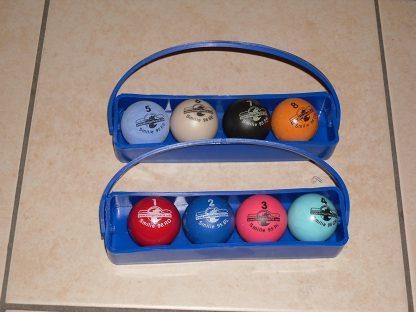 Minigolfbälle 8er Set, Spezialbälle für Hobbyspieler mit Tragekörbchen