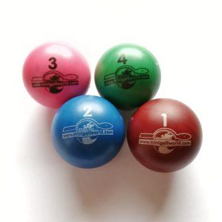 Minigolfbälle 4er Set A, Spezialbälle für Hobbyspieler
