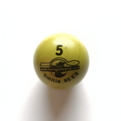 Minigolfball Nr. 5, Spezialball für Hobbyspieler